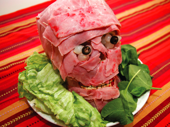 Halloween DIY-meat-head via odditycentral