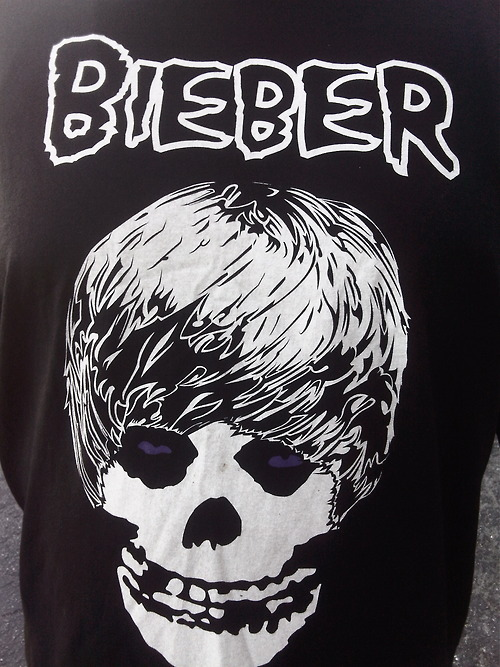 Bieber misfits mash via adultcrash